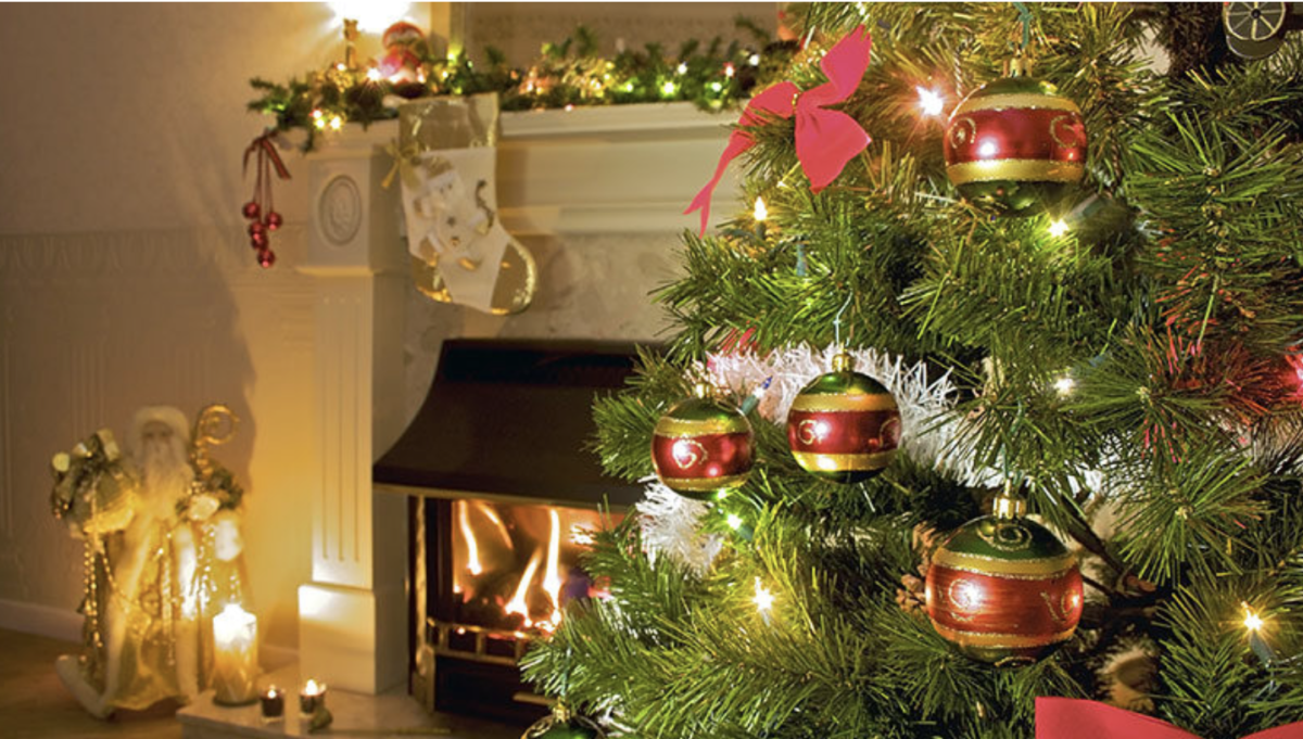 Avoid Fire Damage From Holiday Lights and Decorations This December