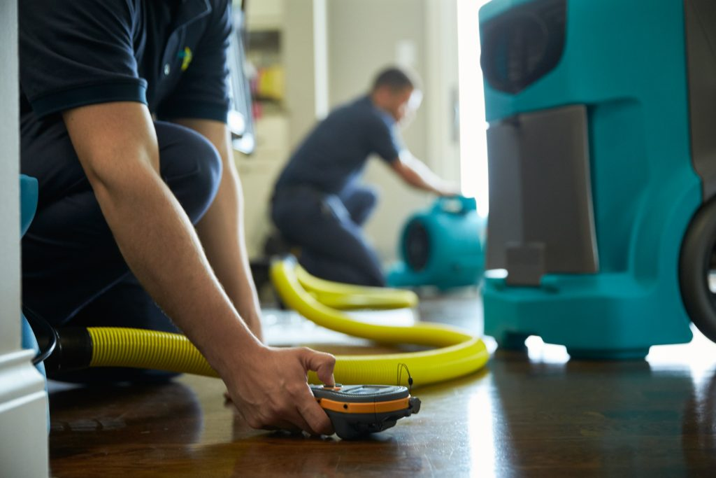 Water Damage Restoration Chicago IL - ServiceMaster Restoration By Simons