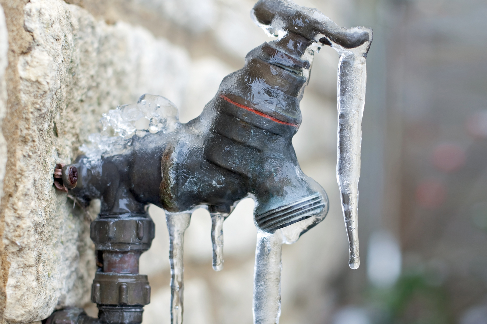 how-prevent-pipes-freezing-faucet-standard_42ec33aed660182221a798783f9ef81d