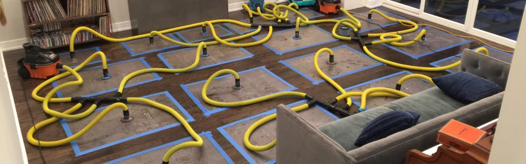 Emergency Floor Drying - Water Damage Restoration Chicago - ServiceMaster Restoration By Simons