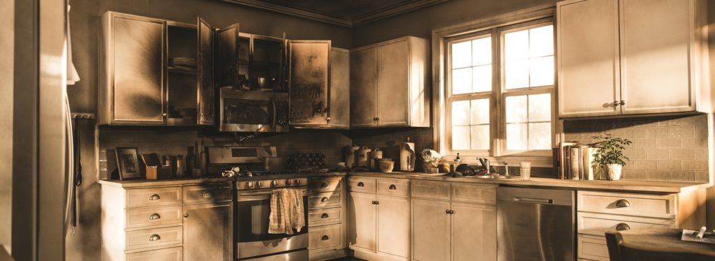 Fire Damage Restoration Chicago il - Smoke & Odor removal - content cleaning - restoration laundry and dry cleaning - servicemaster restoration simons